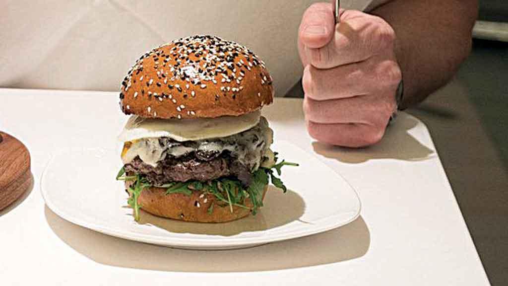 O hambúrguer de carne perfeito! [É também o + caro do mundo!]